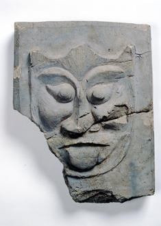 特別陳列「渡来人の古墳と寺」(望楼下特設ケース)